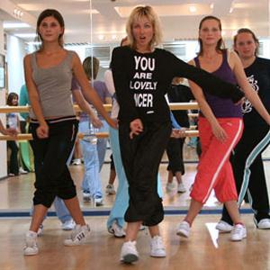 Школы танцев Домбая
